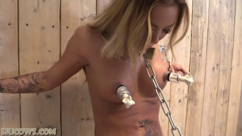 Super tying, suffering and strappado for very hawt wench HD 1080p