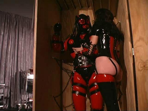Gwenmedia - Rubber Doll Factory 1