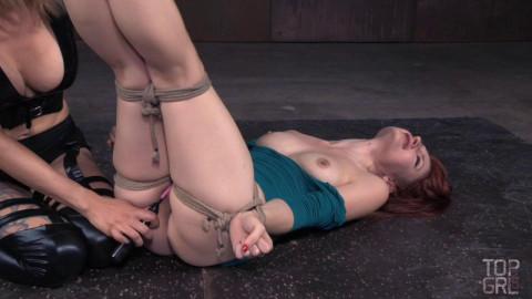 Rope restraint bondage & domination for Violet Monroe