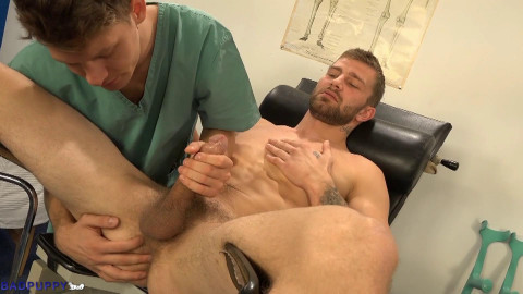 On reception at the doctor anal!