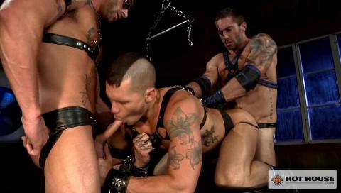 Muscle Slaves Enjoys Bondage Fuck
