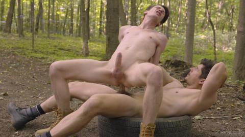 Rocky Vallarta & Edward Terrant – Into The Woods