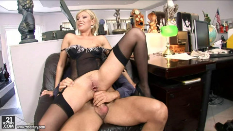 Lust for anal with Donna Bell