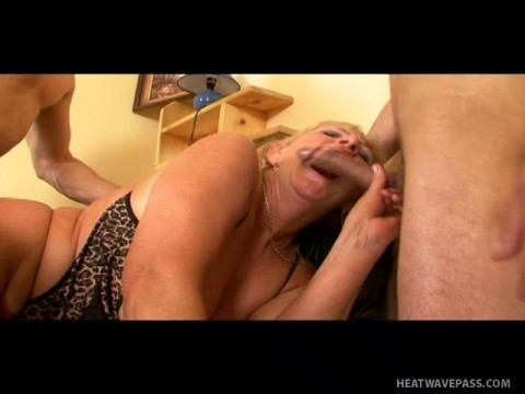 Granny Double penetrated by young Studs