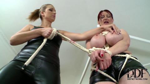 Vanessa & Carol - Dont Displease The Mistress