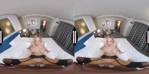 Olivia Austin (Olivia Austin- A VR Experience