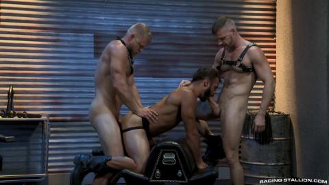 Manscent - Logan Stevens, Brian Bonds & Drake Masters (1080p)