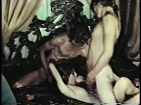 Peepshow Loops 332 Most She-Male Hardcore Rated X 70s And 80s (1999)
