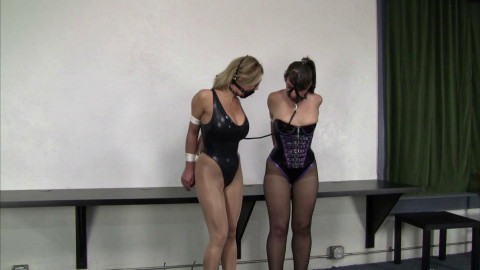 Carissa Montgomery And Elizabeth Andrews Latexed Follow The Leader (2015)