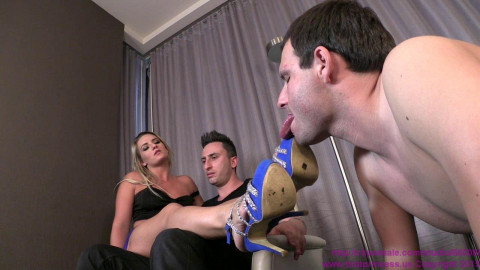 Cuckoldress Cameron and Friends