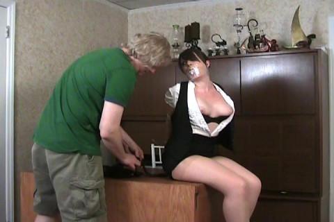 Elizabeth Andrews - Bad receptionist acquires bound with phone cord
