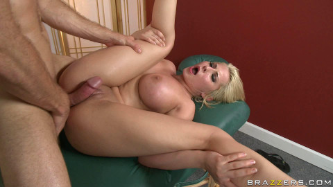 Busty Beauty Knows How To Make A Lovely Massage