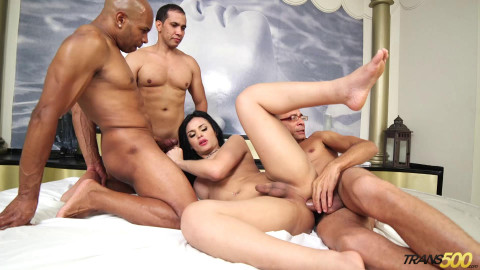 Tight Young Shemale Bruna Butterfly