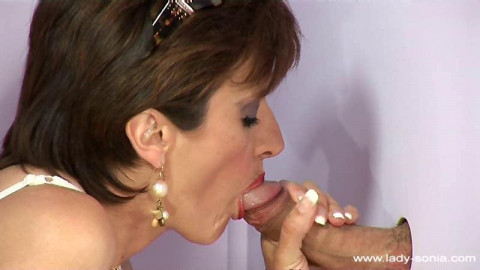 Lady Sonia - The Lady Craves Sperm