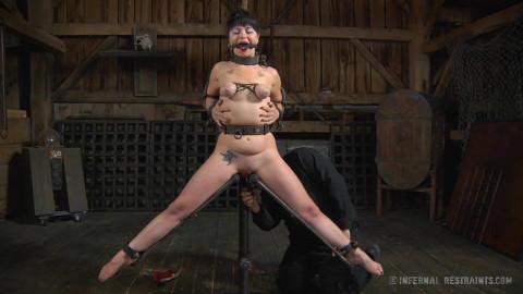 Siouxsie Q Explores Her Darkest Raunchy Wishes