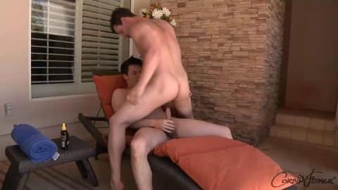 Kellan & Scott Get Wet