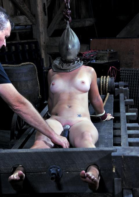 bdsm All Stretched Out , HD 720p