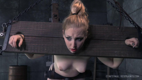 BDSM Delirious Hunter - Play with Me