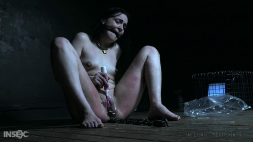 BDSM Abigail Annalee - Saw