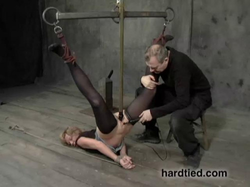 bdsm Helpless - Savannah Addams