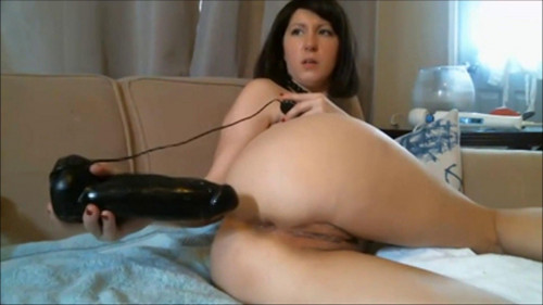 Fisting and Dildo Brunette Diana and her hobby fisting