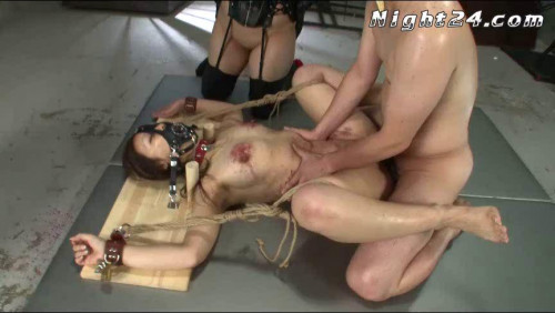 bdsm Incontinence in Whipping