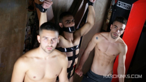 Gay BDSM HKinks - Under Total Control - Evan Bull, Josh Milk, Robbie Rojo