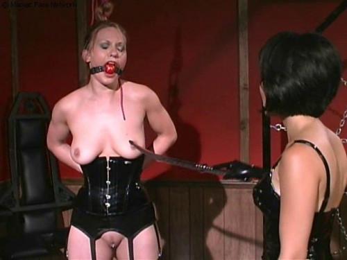 BDSM Latex lesbian control part 2