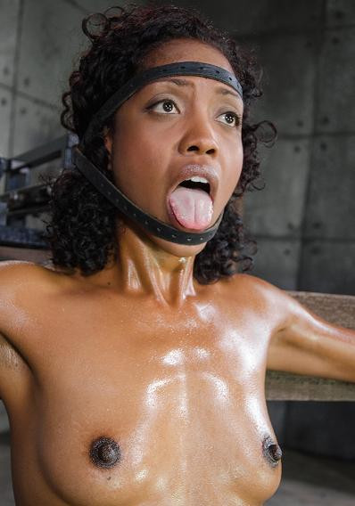 bdsm Deep throat expert Lotus Lain sybianed while bolted into the blow job machine HD 720p