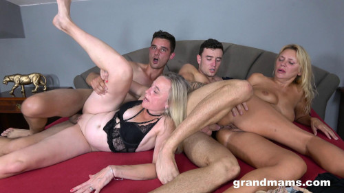 Elly & Renate - Loving Sperm And Doing Anal