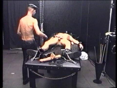 Gay BDSM Extrem Entlaufen
