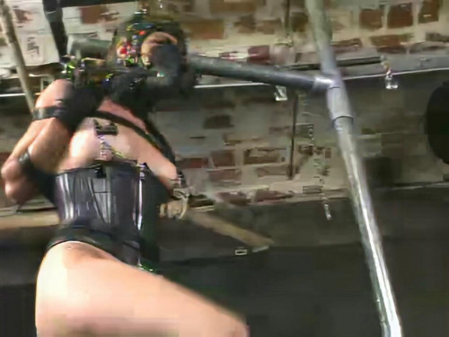 BDSM Insex - Pony Girl (Live Feed From August 12, 2001) Raw
