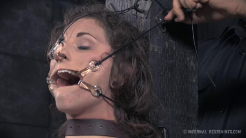 BDSM Mary Jane Shelley and Bianca Breeze Double the Pain