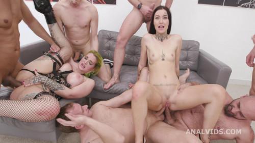 Alexxa Vice Vs Tabitha Poison Pt.2 with Pee