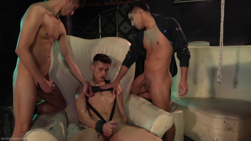 Gay BDSM Rough Boys Share Raw Twink Hole Felix Harris, Fabrice Rrossi, Sonny Davon