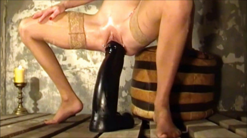 Fisting and Dildo Shovda in latex fucking with dildo and pops her pussy