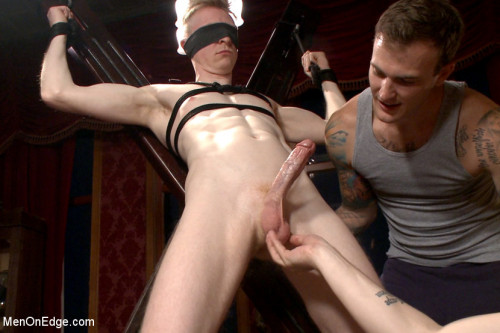 Gay BDSM Lean hunk Rob Yaeger relentlessly edged & tormented ice - Live Show