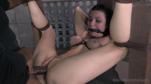 BDSM RealTimeBondage Veruca James