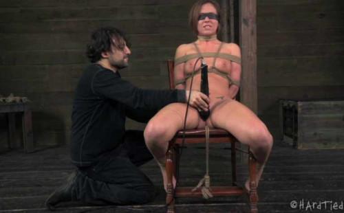 BDSM Wet and Desperate Vol.2