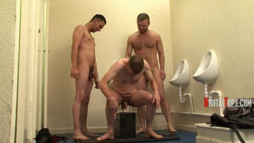 Gay BDSM Session 301 : Master Dale and Master Jurgis