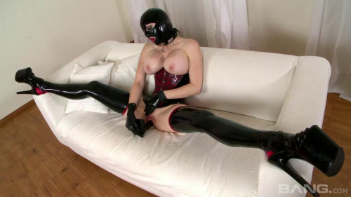 bdsm Latex Lucy The British Dominatrix Part 2 (2012)