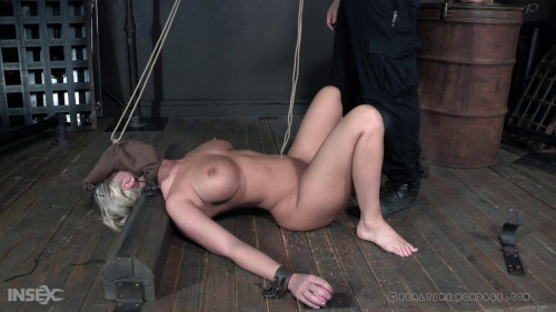 BDSM London gets waterboarded and has a tube inserted in her nose