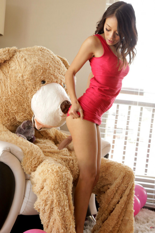 Jasmine Grey - Oh boy Bear FullHD 1080p