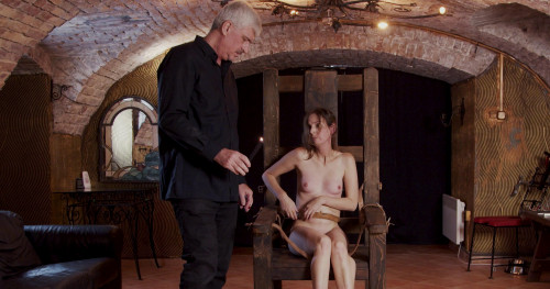 BDSM Hope - Slave of Throne Part 1
