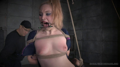 BDSM Christmas Wishes With Delirious Hunter