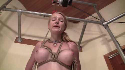 BDSM Dangling Inflated Girl Meat