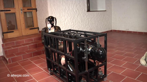 BDSM Latex Ultra Latex - Charlotte in my Cage