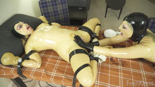 BDSM Latex Thanks Fisting