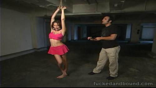 BDSM A Brutal Whipping(Layla Rivera, Sascha)