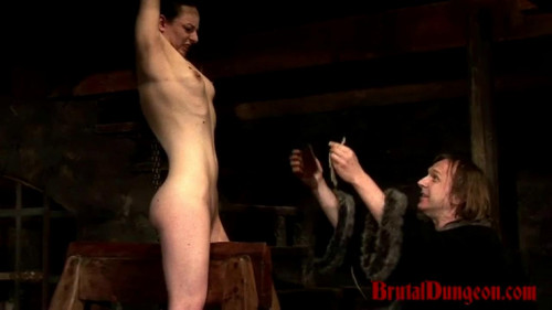 bdsm Mathilda Endures Extreme Pussy Torment Part 1 - BrutalDungeon